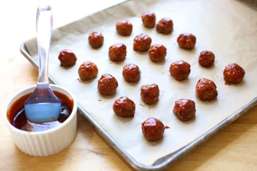 Glazing cocktail meatballs